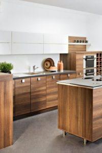 idee-originale-cuisine-ilot-central-bois